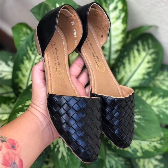 21e2a6a8a606 Amazing 100% Leather Mexican Huaraches from Mexico. NWT.  80  80. Size